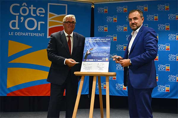 Photo of Signature du 1er Amel de France : Déploiement de la fibre en Côte-d'Or