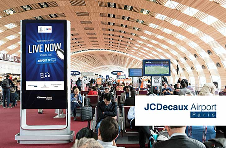 Photo de JCDecaux Airport Paris fait vivre la passion du rugby en direct aux passagers de Paris Aéroport